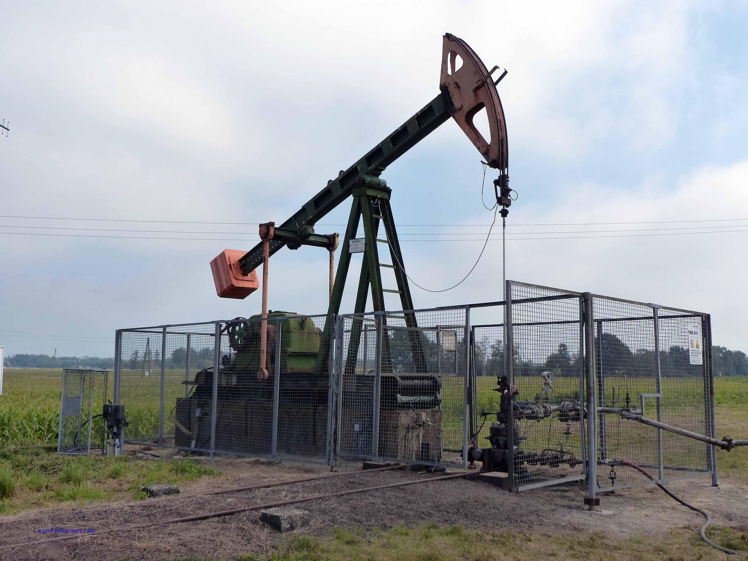 Ölförderungsanlage im Emsland, Foto: D.Weirauch