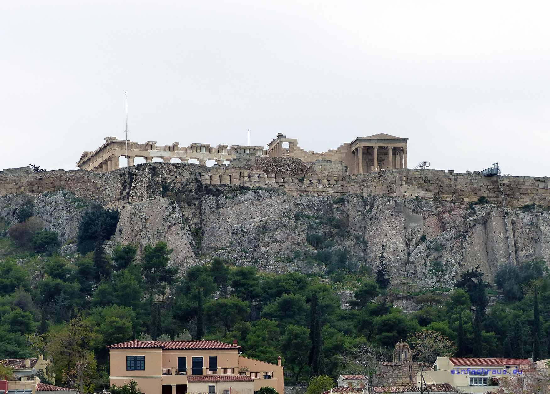 Nicht nur die Athener lieben den Blick auf die Akropolis. Foto: D.Weirauch