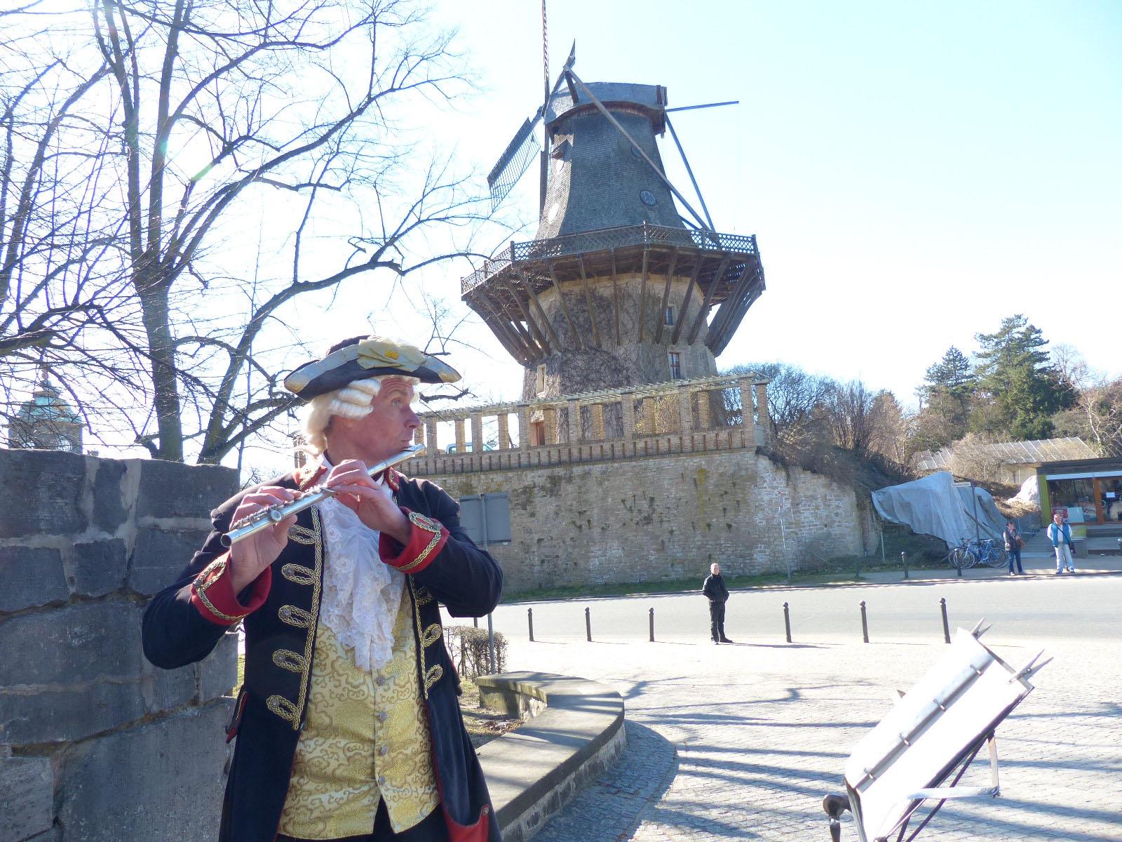 An der Historischen Mühle Sanssouci, Foto: D.Weirauch