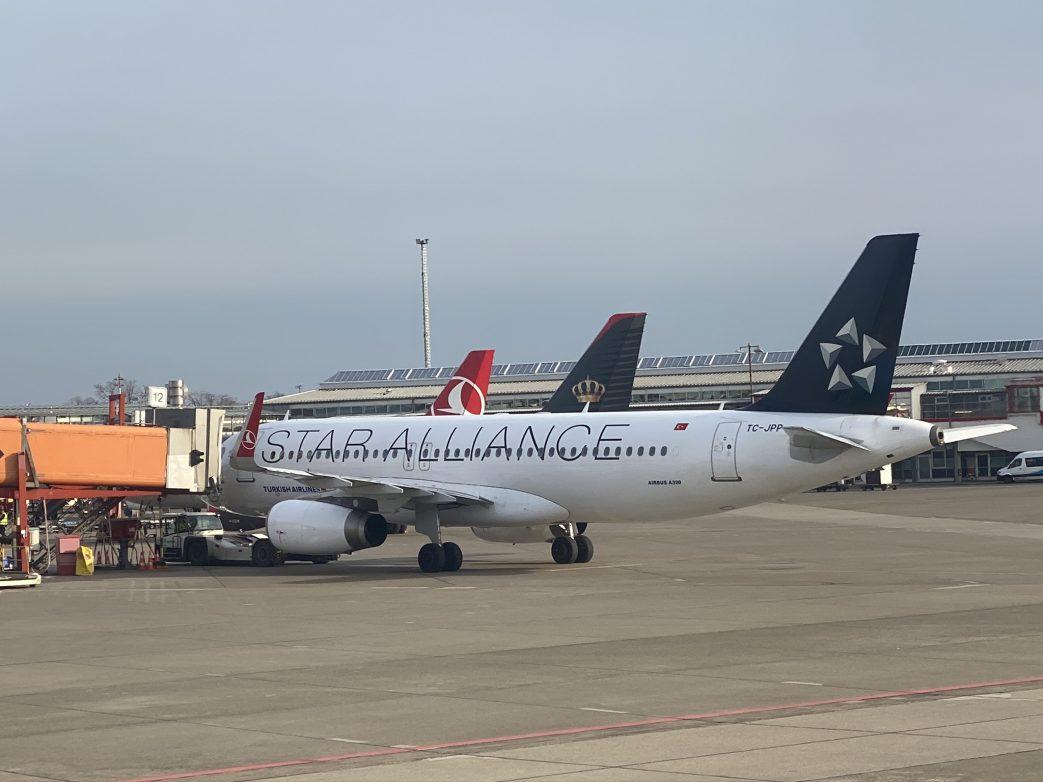 Berlin Tegel Flugzeuge Star alliance