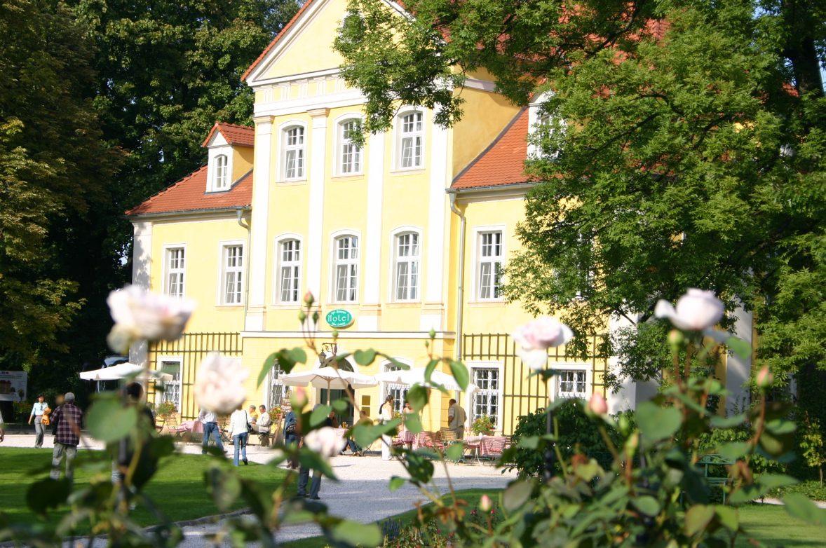 Schloss Lomnitz im Hirschberger Tal Foto: Weirauch