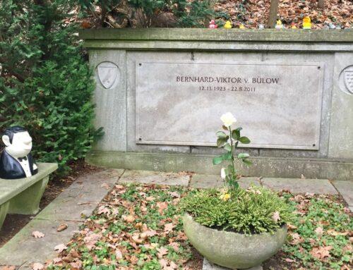 Berliner Waldfriedhof Heerstraße: Besuch bei Loriot