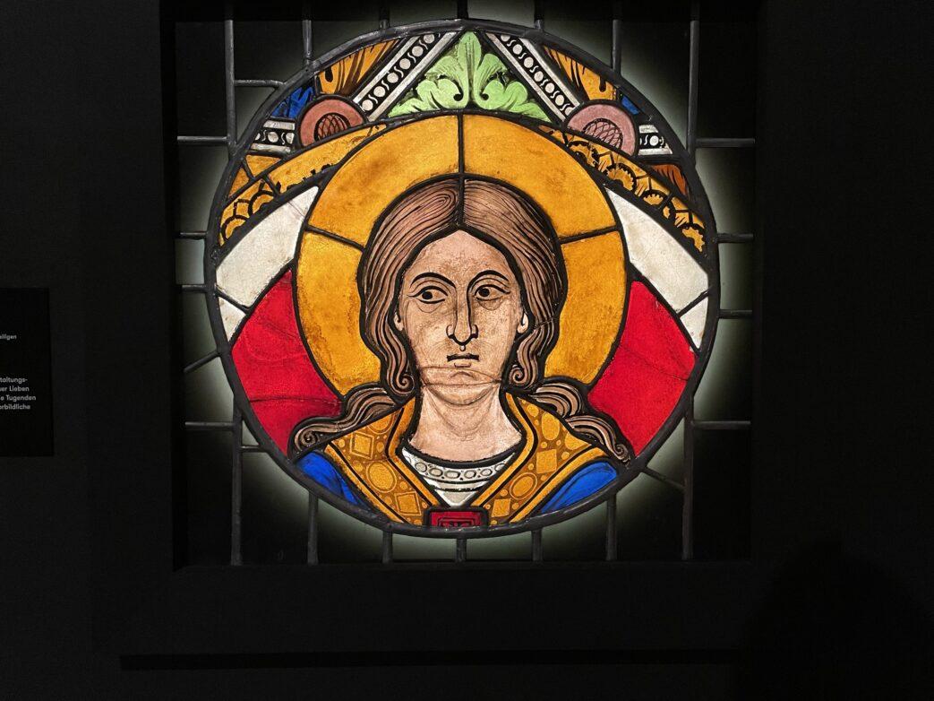 Scheibenfragment mit unbekanntem Heiligen, einst in Kloster Unser Lieben Frauen